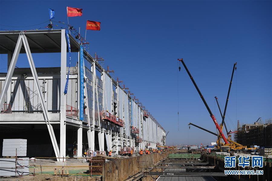 (新春走基层)(3)雄安市民服务中心建设正酣 4000余名建设者春节坚守岗位